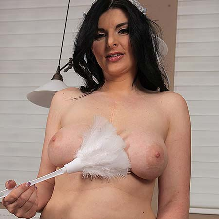 Busty French maid Sandra Nero gets nude