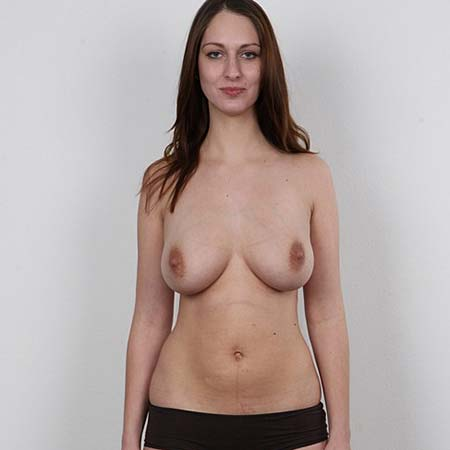 Tall busty brunette Tereza strips at her casting