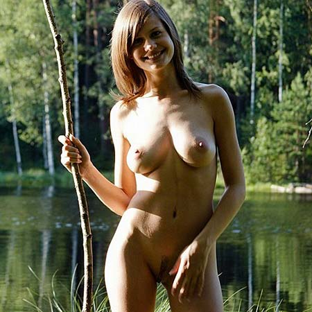 Cute, natural and busty Lea nude by a lake